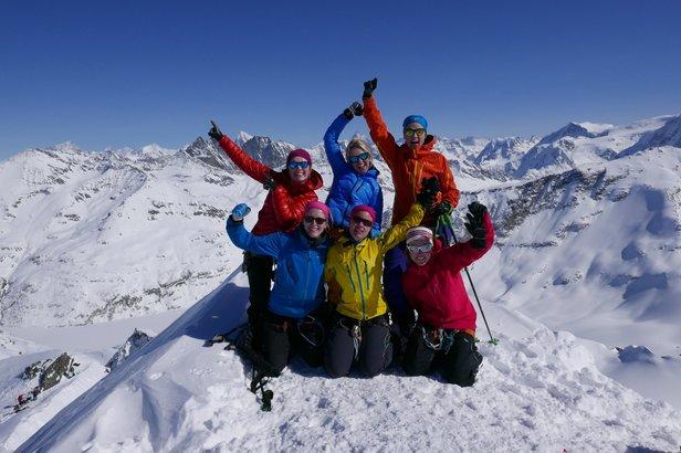Fantastisk utsikt fra toppen av Rosablanche (3336 moh.)