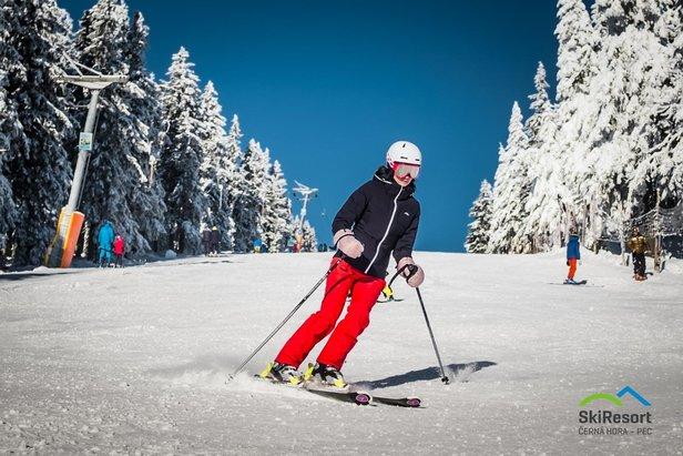 Najväčšia lyžiarska oblasť v Česku  SkiResort ČERNÁ HORA – PEC e48505ed376