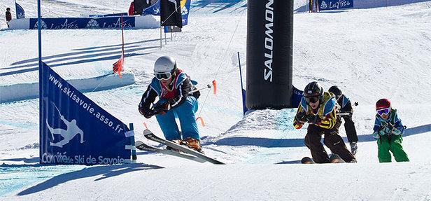 (generique) - Skicross (© Seb Léon)
