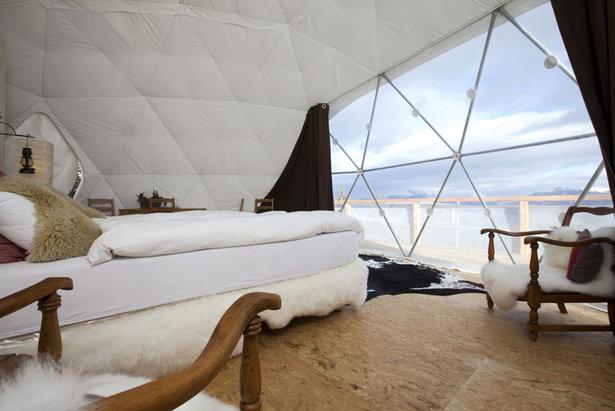 Interiér Whitepod hotelu, Les Cerniers, Švýcarsko  - © Whitepod
