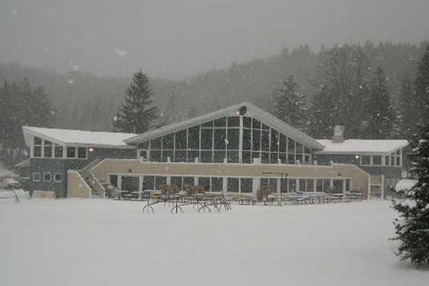 Middlebury Snowbowl VT lodge