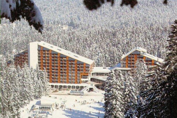 borovets-skiiers_Bulgaria_02