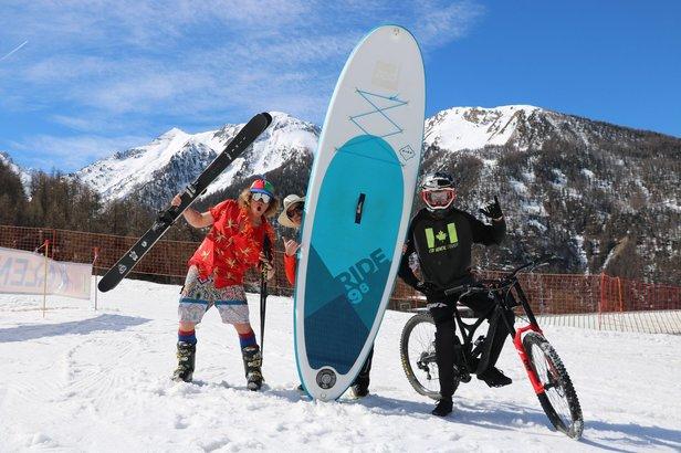 Du sommet des Orres au plan d'eau d'Embrun, venez vous défier par équipe de 2 sur la course multi-glisse de fin de saison : la Dévale des Orres !
