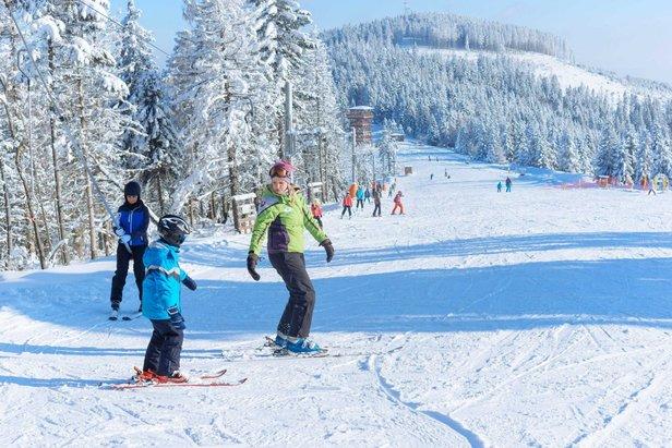 Aké sú snehové podmienky v TOP 20 lyžiarskych strediskách?