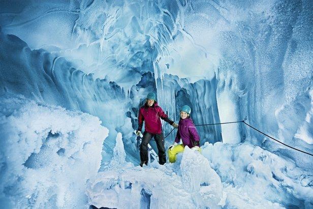 Explore Nature's Ice Palace  - © Archive of Hintertuxer Glacier