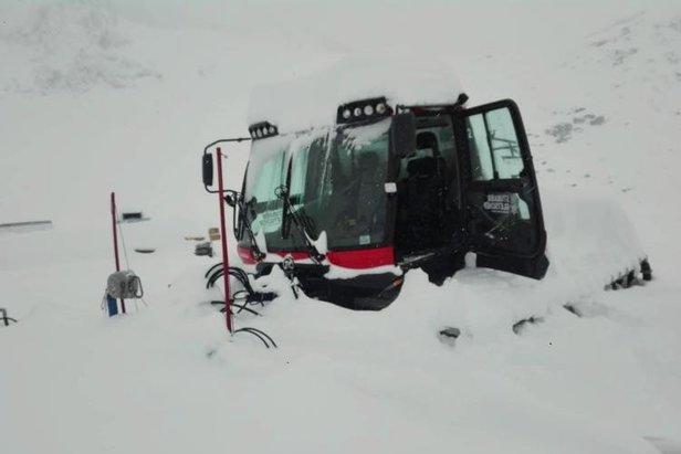 Od 30 do 50cm śniegu spadło 8 września na lodowcu Stubai