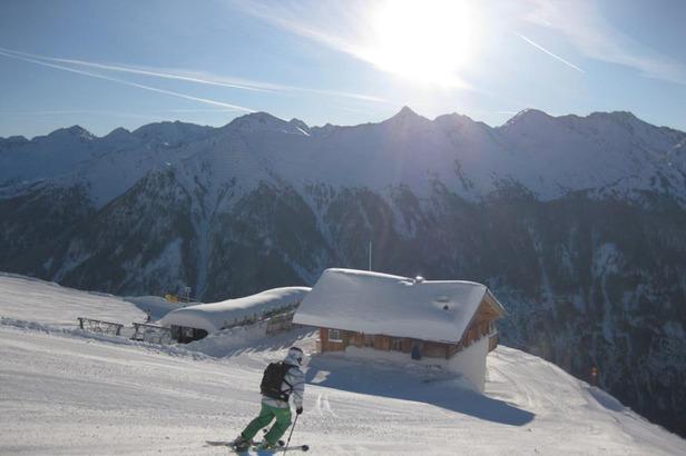 Skigebiet kappl skifahrer hütte