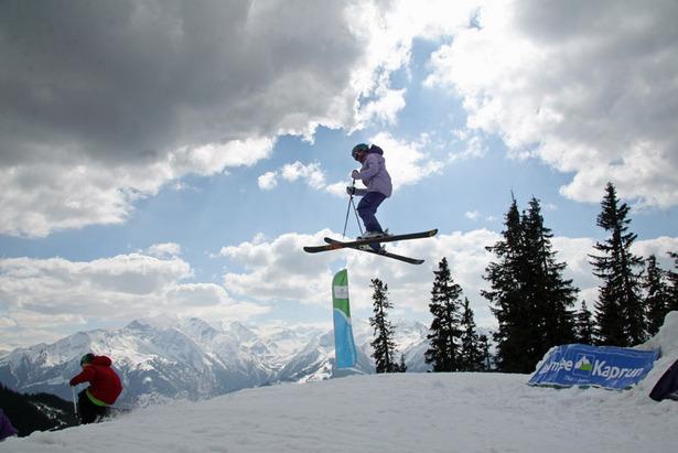 Twin Tip Ski im Test: Coole Latten mit Spaß-Garantie- ©www.worldskitest.com