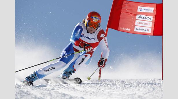Schock für Nadia Styger: Saison-Aus nach Unterschenkelbruch ©Swiss-Ski