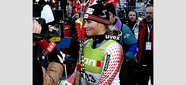 Emily Brydon fährt Bestzeit- ©G. Löffelholz / XnX GmbH