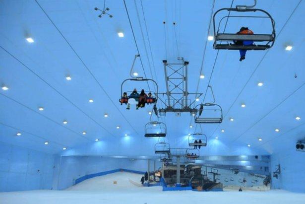 """Dubai: Záber z filmu """"A Skier's Journey EP2 S3""""  - © frame from Vimeo"""
