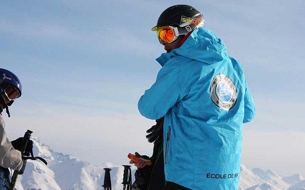 Le moniteur de ski, votre meilleur allier pour l'apprentissage du ski...