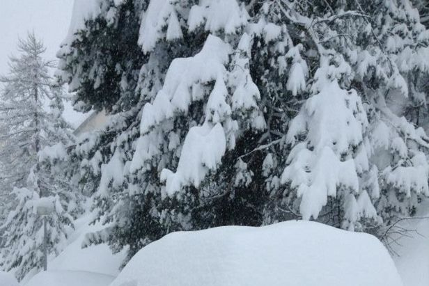 Chute de neige du 18 mars 2013 - Auron