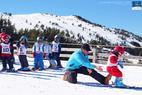 Le printemps, la saison idéale pour débuter en ski - © Sylvain Dossin / Station de ski de CAMURAC