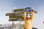 Mancuso besteigt den Kilimandjaro - © LaurenRossPhoto.com