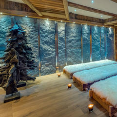 Luxury ski hotels: The ever increasing bling factor - ©Consenio