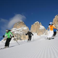 Pre ambicióznych lyžiarov, čo nemajú nikdy dosť: 4 superdlhé lyžiarske okruhy v Alpách - ©RBrunei/Val di Fassa