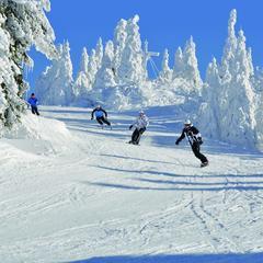 Cenovo výhodná lyžiarska dovolenka pre celú rodinu - ©Hochficht Bergbahnen