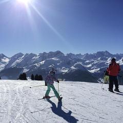 Unser erster Skitag am Ahorn in Mayrhofen: Mit der Familie am Genießerberg im Zillertal - ©TVB Mayrhofen/Eva Wilhelmer/Gabi Huber