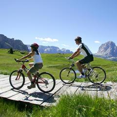 3 idee sane e sportive per vivere la Montagna d'estate