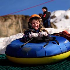 Les Pyrénées catalanes, destination idéale pour une escapade à la neige avec les enfants - ©Oriol Molas - FGC