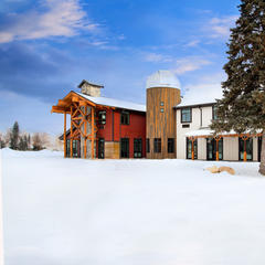 Ski lodging in Utah - © Courtesy of Compass Rose