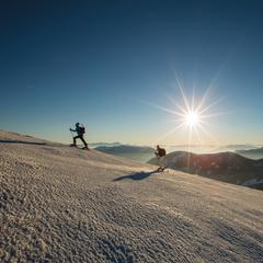 Skitury są w Karyntii coraz popularniejsze - © Tine Steinthaler