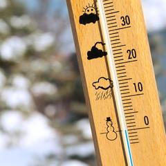 Teploměr ukazuje 0 stupňů - © tcsaba_Fotolia.com