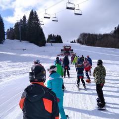 Skijőring - místo koní nebo psů tahá lyžaře na svah rolba - © facebook Mýto ski & bike centrum