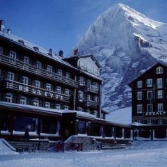 Hotel Bellevue des Alpes in front of the Eiger, Grindelwald - © Scheidegg Hotels