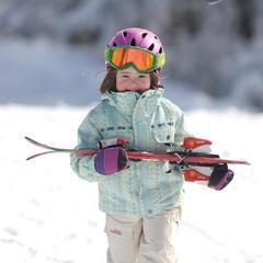 Jak správně vybrat délku lyží pro děti?