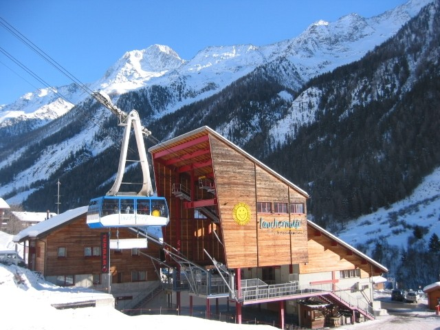 Skifahren auf der Lauchernalp im Lötschental