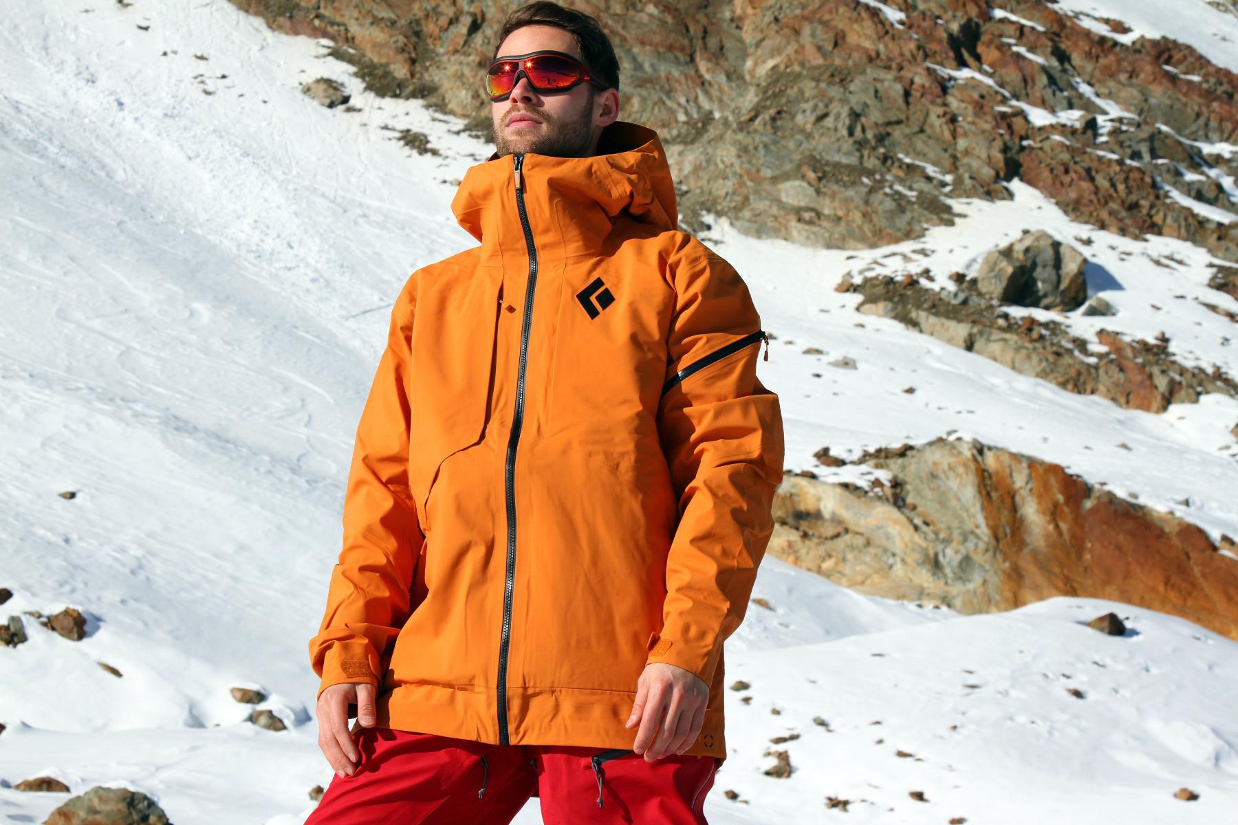 Zehn aktuelle Skijacken im Test: Gut geschützt durch den Winter
